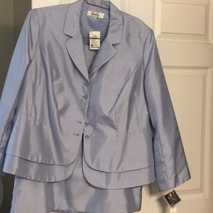 Emily brand skirt and jacket 18W, NWT, cloud blue